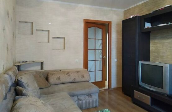 Продам 2-х комнатную квартиру на Академика Янгеля