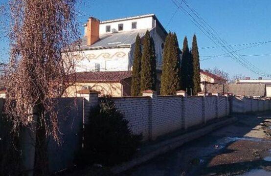 Продается большой дом ,р-н Пирогово