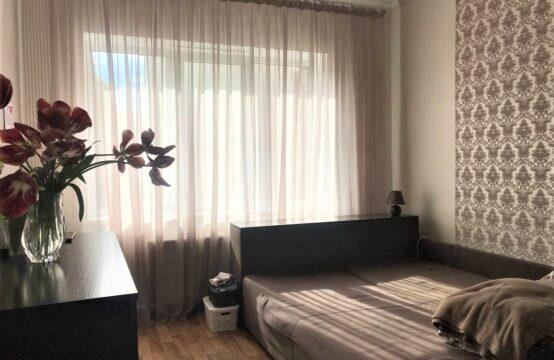 Продам велику 3-кімнатну квартиру з АГВ на Янгеля!