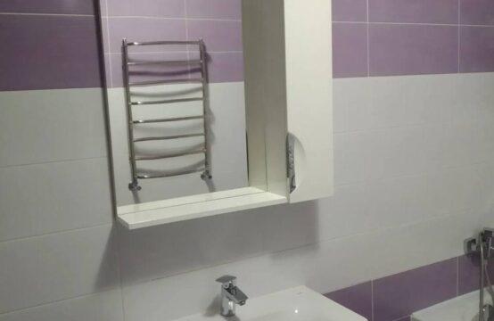 Продам 2-х комнатную квартиру в Академичном